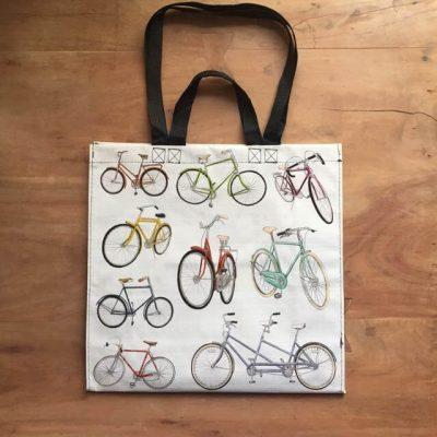 shopper met fietsen - fietscadeautjes van sportcadeautjes