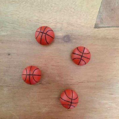 4 basketbal magneten - basketbalcadeau van sportcadeautjes