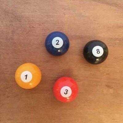 magneten biljartballen - biljartcadeautjes van sportcadeautjes