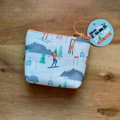 portemonnee met skiers - skicadeau van sportcadeautjes